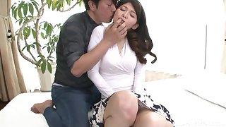 Sensual Japanese MILF Sonozaki Eri gets her pussy fingered