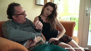 Sarah Smith having sex with an daddy and having tons of fun